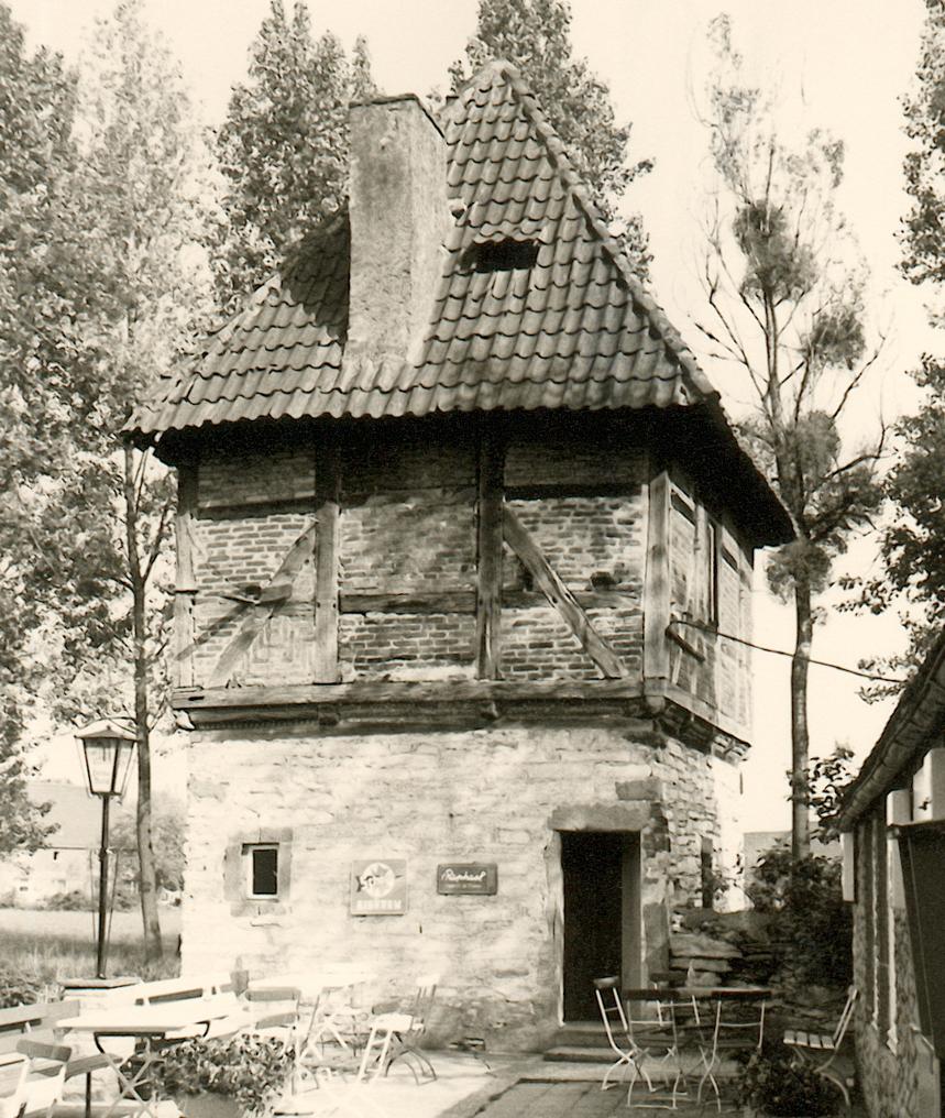 Ostturm aus nordwestlicher Richtung (1975).