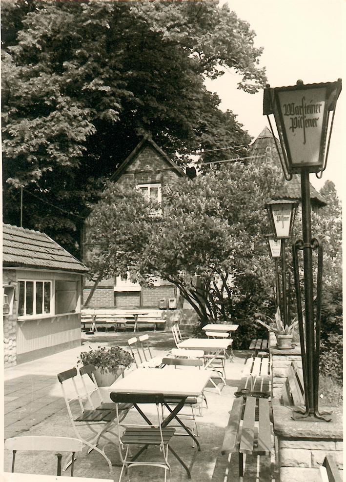 Blick auf die Burgterrasse (1975).