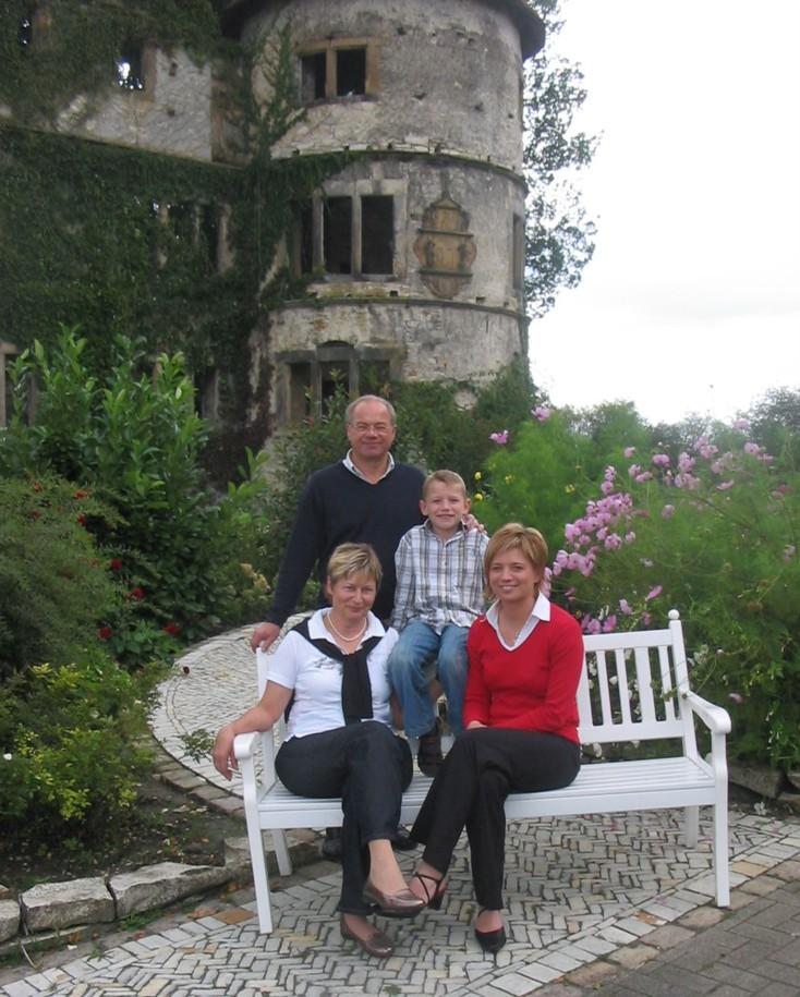 Familie Günther Naerger (2007). Von Links: Maria, Günther, Jona und Katja.