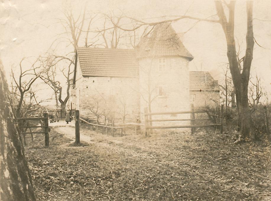 Zugang zur Burg (ca.1915).